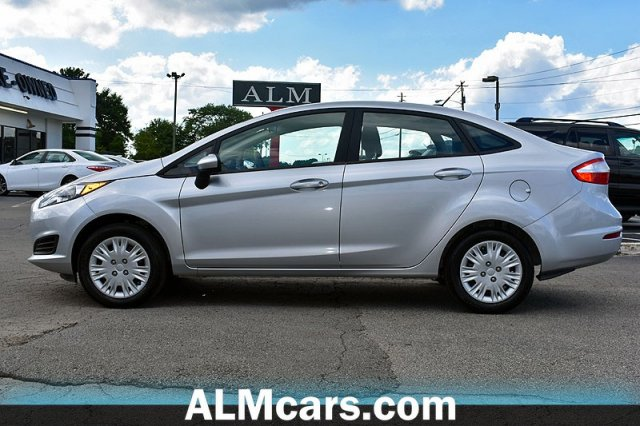 Pre-Owned 2018 Ford Fiesta S